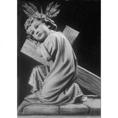 enfant-jesus-agenouille-devant-la-croix_st030398