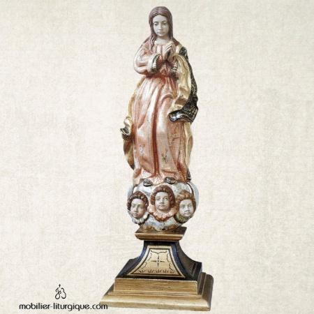 Statue de la Vierge Immaculée en bois sculpté