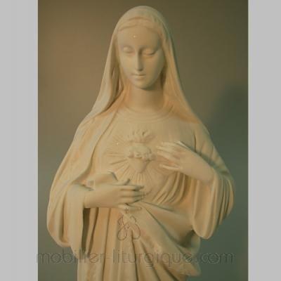 statue de la vierge Sacré Coeur de Marie