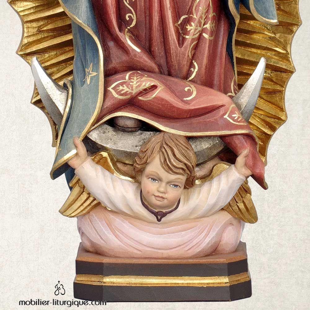 Statue de la Vierge de Guadeloupe bois décoré